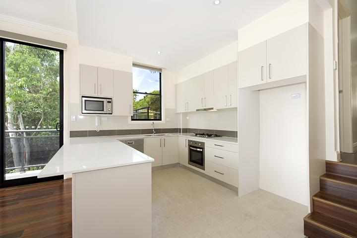 Willoughby Townhouses Kitchen